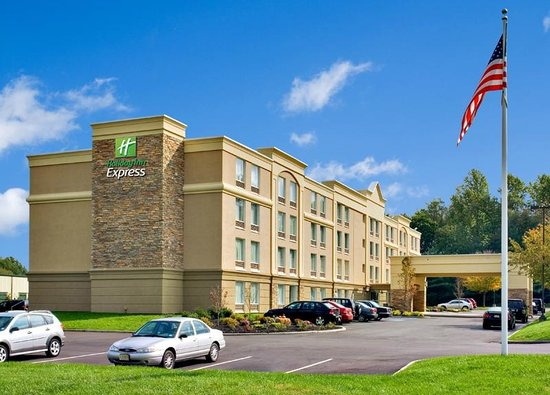 ‪هولداي إن اكسبرس هوتل آند سويتس ويست: Holiday Inn Express Hotel & Suites West Long Branch‬