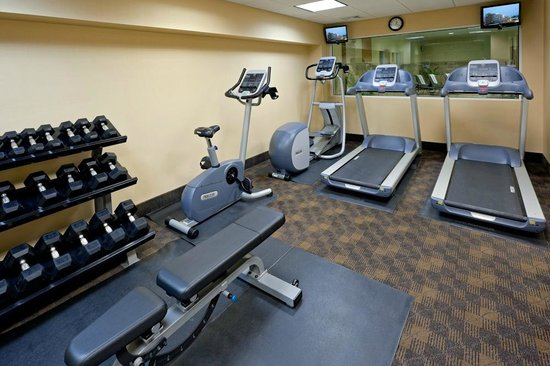 Holiday Inn Express Hotel & Suites West Long Branch: Fitness Center