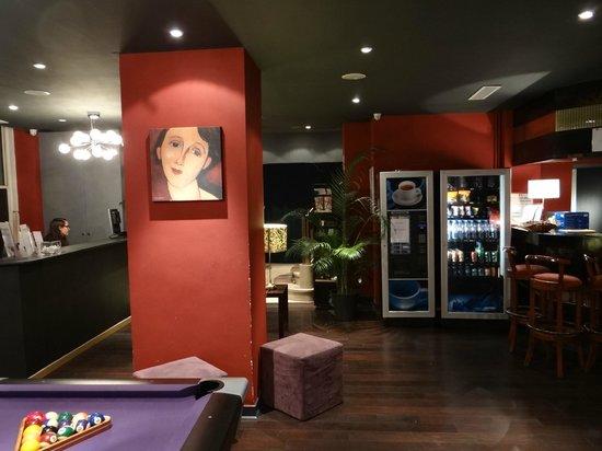 Hotel Rocroy: Lobby (angle # 3)