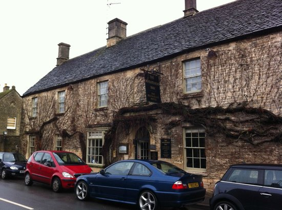 The Wheatsheaf Inn: Front facade