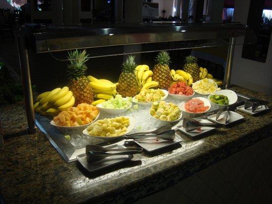 Catalonia Playa Maroma: buffet della frutta