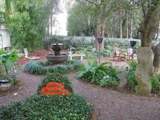 Stetson Mansion: Sophie's Garden