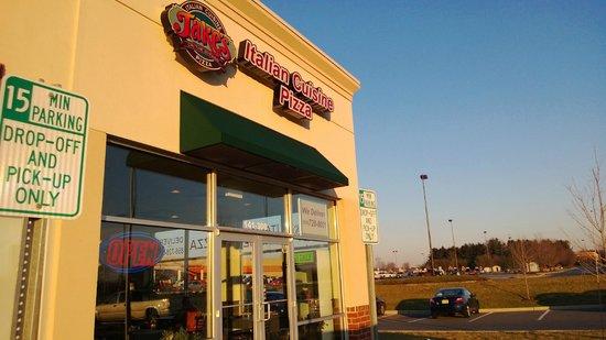 Jake's Restaurant: Entrance