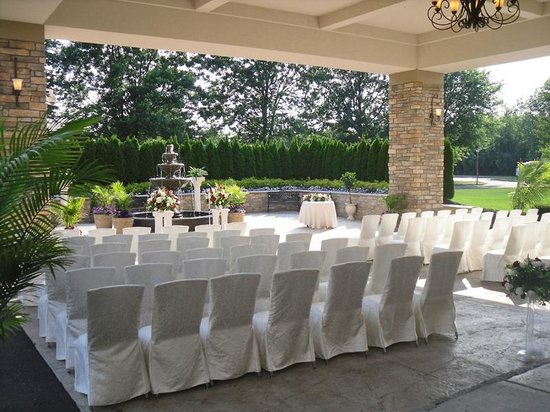 Radisson Hotel Freehold Outdoor Wedding At The Crystal Ballroom