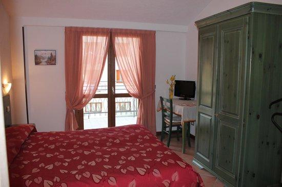 Hotel Restaurant La Rosa: camera primo piano