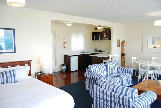Mangonui Waterfront Apartments: Rua