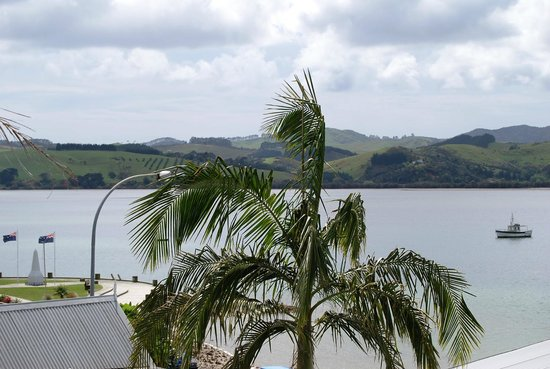 Mangonui Waterfront Apartments: Whitu view