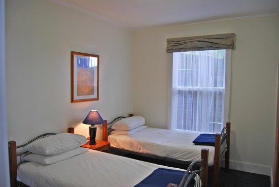 Mangonui Waterfront Apartments: Wha twin bedroom