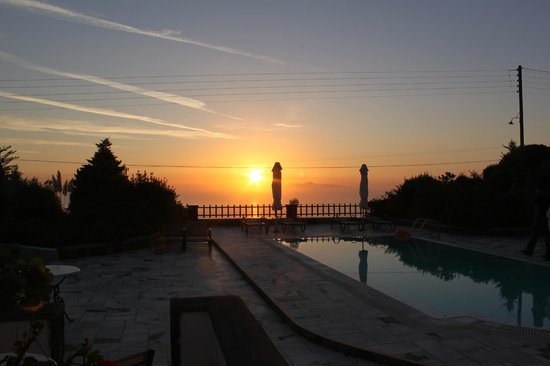 Anthonas Apartments: The view of the sunrise from our terrace