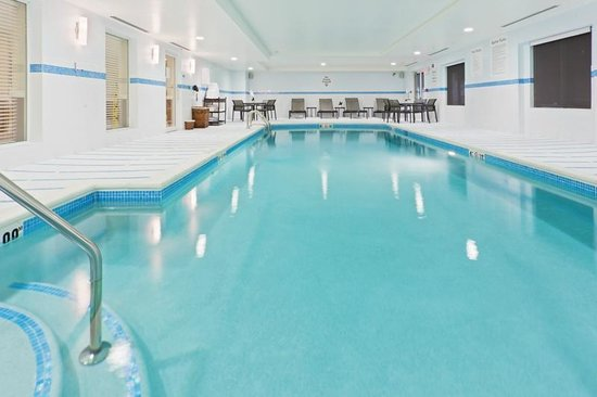 Holiday Inn Express Neptune : Heated Indoor Pool