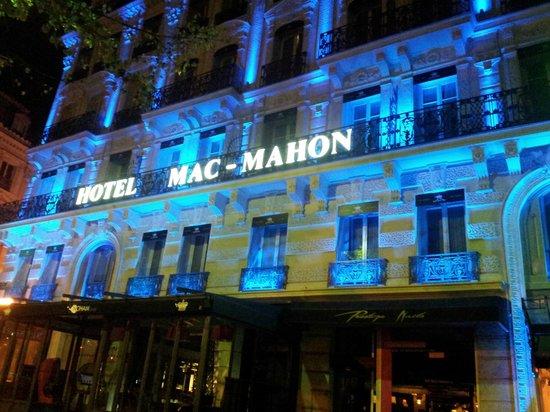 Maison Albar Hotel Paris Champs-Elysees: Façade