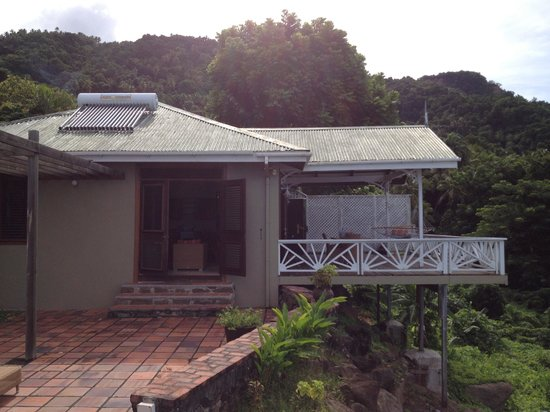 Stonefield Estate Resort: View from pool towards Flamboyant Villa