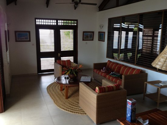 Stonefield Estate Resort: Flamboyant living room