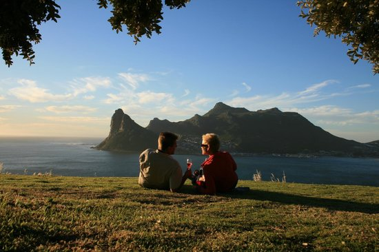 The Tarragon: Sundowner at Chapmans Peak, Hout Bay