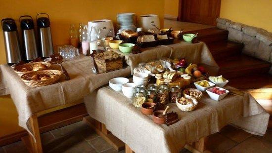 Peninsula Petit Hotel: Desayuno diario