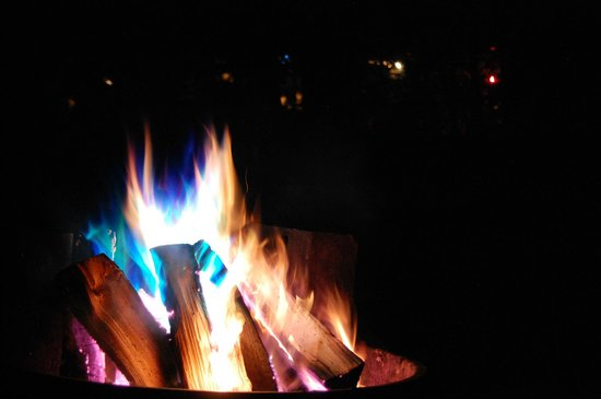 Whispering Pines Campground: Fire