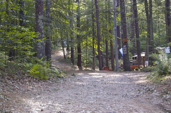 Whispering Pines Campground: Trail