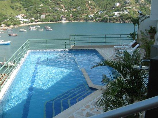 Hotel Bahia Taganga: Piscina