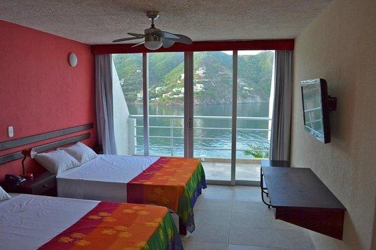 Hotel Bahia Taganga: Habitación