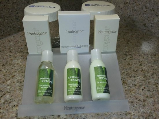 Hilton Garden Inn Savannah Airport: Bath & Bodyworks amenities