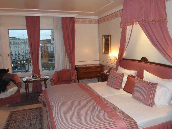 Hotel Sacher Salzburg: Camera al 4° piano