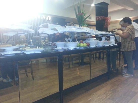 Pestana Buenos Aires Hotel: Café da manhã