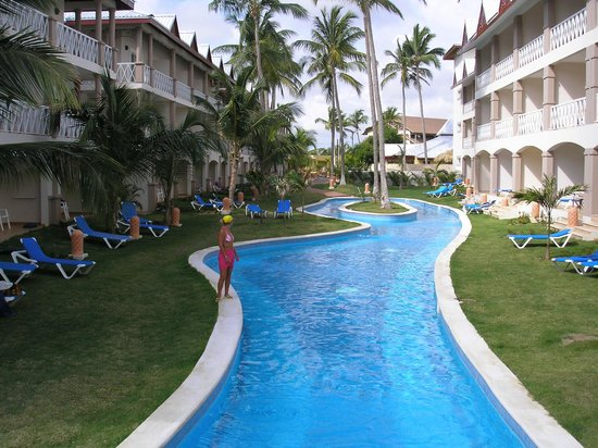 Be Live Collection Punta Cana: una piscina del hotel.