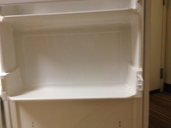 Residence Inn Palm Desert: Broken fridge part - was promptly fixed when we told front desk