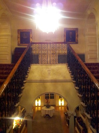 Mount Juliet Estate: Staircase and landing