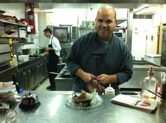 Tapaya: Chef Enav Ezagouri in action!