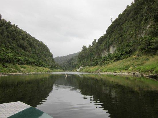 Eastern Taranaki Experience: Jet boat ride out of Track