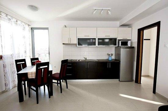 Apartments Kimi: apartment