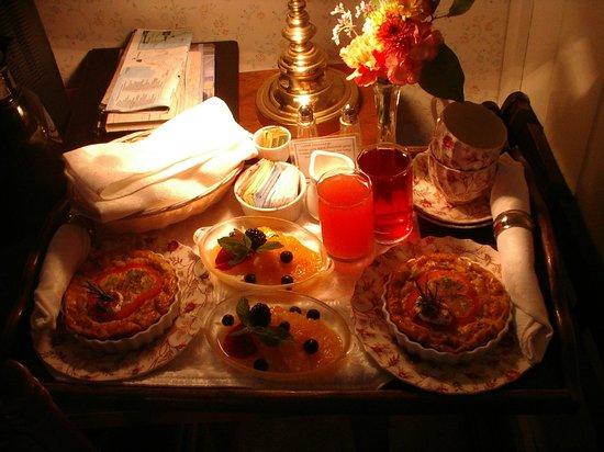 Headlands Inn Bed & Breakfast: Breakfast!