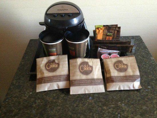 Doubletree Hotel Omaha - Downtown / Old Market: coffee