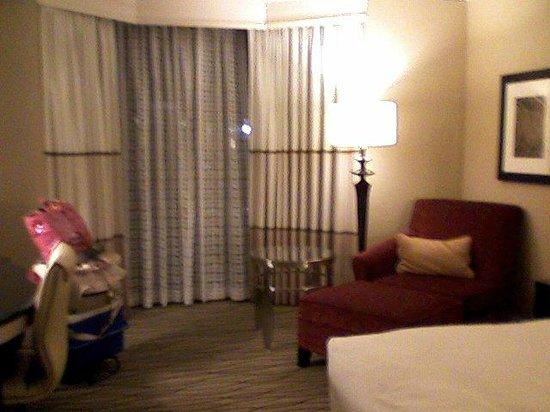 Hilton Rosemont / Chicago O'Hare: King room
