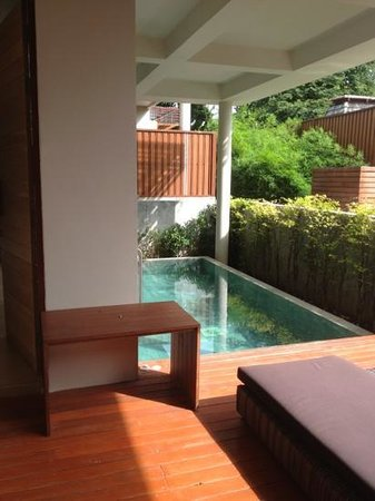 Baan Haad Ngam Boutique Resort & Villas: pool room