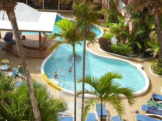 Barbados Beach Club: pool