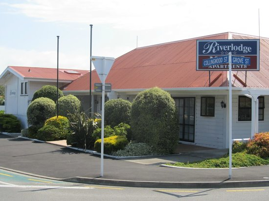 Riverlodge Motel Apartments