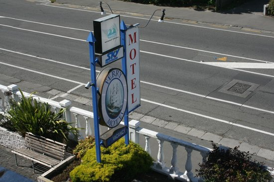 Ferry Motel Frontage