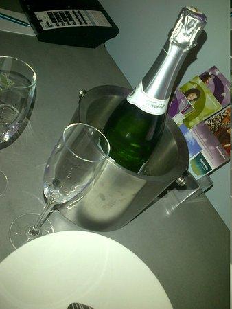 Kimpton Lorien Hotel & Spa: Birthday surprise!