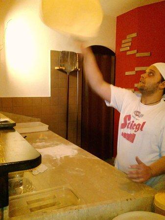 Old River Birreria: Er pizzajolo
