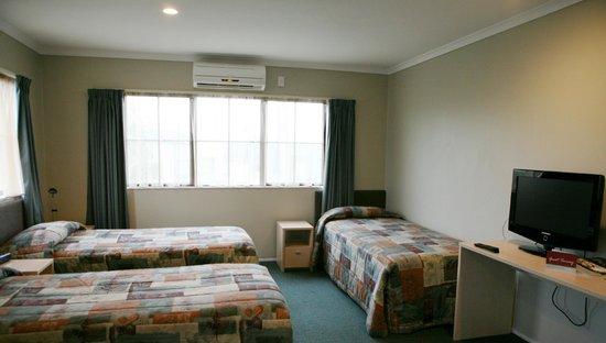 Anglesea Motel & Conference Centre: Triple Share Studio Room