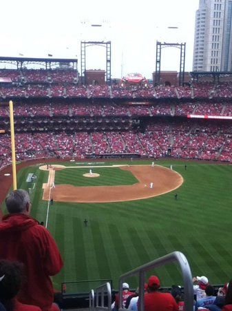 Busch Stadium Standing Room Only For Game 3 Of The NLCS Baseball Heaven