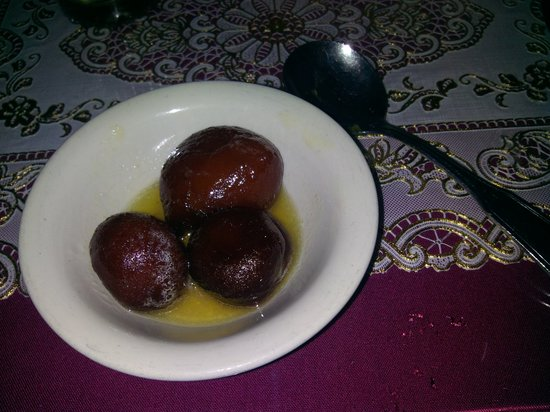 Mumtaz Indian Restaurant & Bar: Honey Balls!