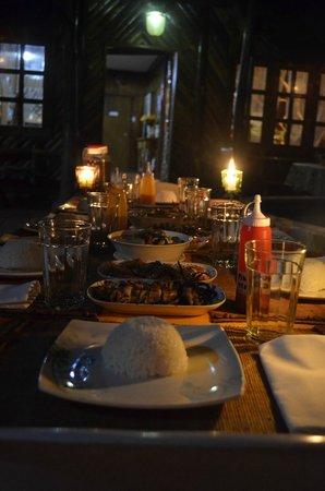 เนเจอร่า วิสต้า: Dining set-up outside