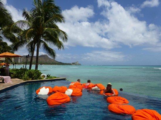 Sheraton Waikiki: Infinity Pool