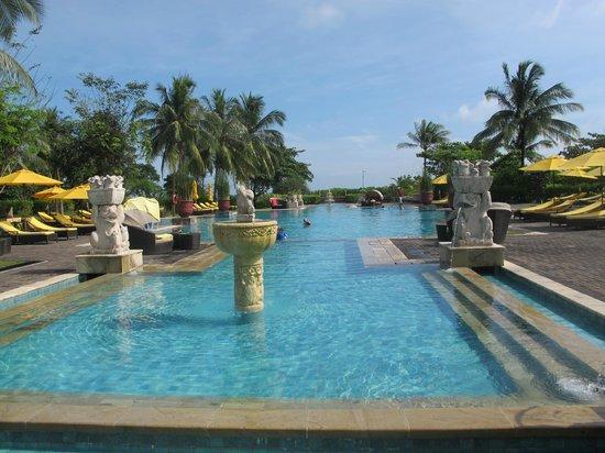 Angsana Bintan: Pool