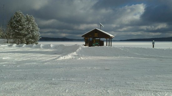 Northern Lights Bed and Breakfast: Stillwater Reservoir Boat Launch Area 1/4 mile away