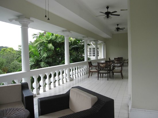Carcosa Seri Negara: Room Balcony