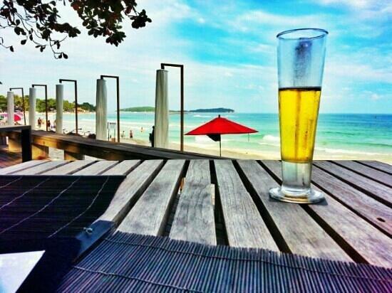 The Library: ресторан на пляже